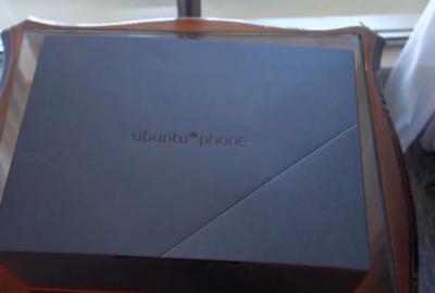 Unboxing Ubuntu Phone